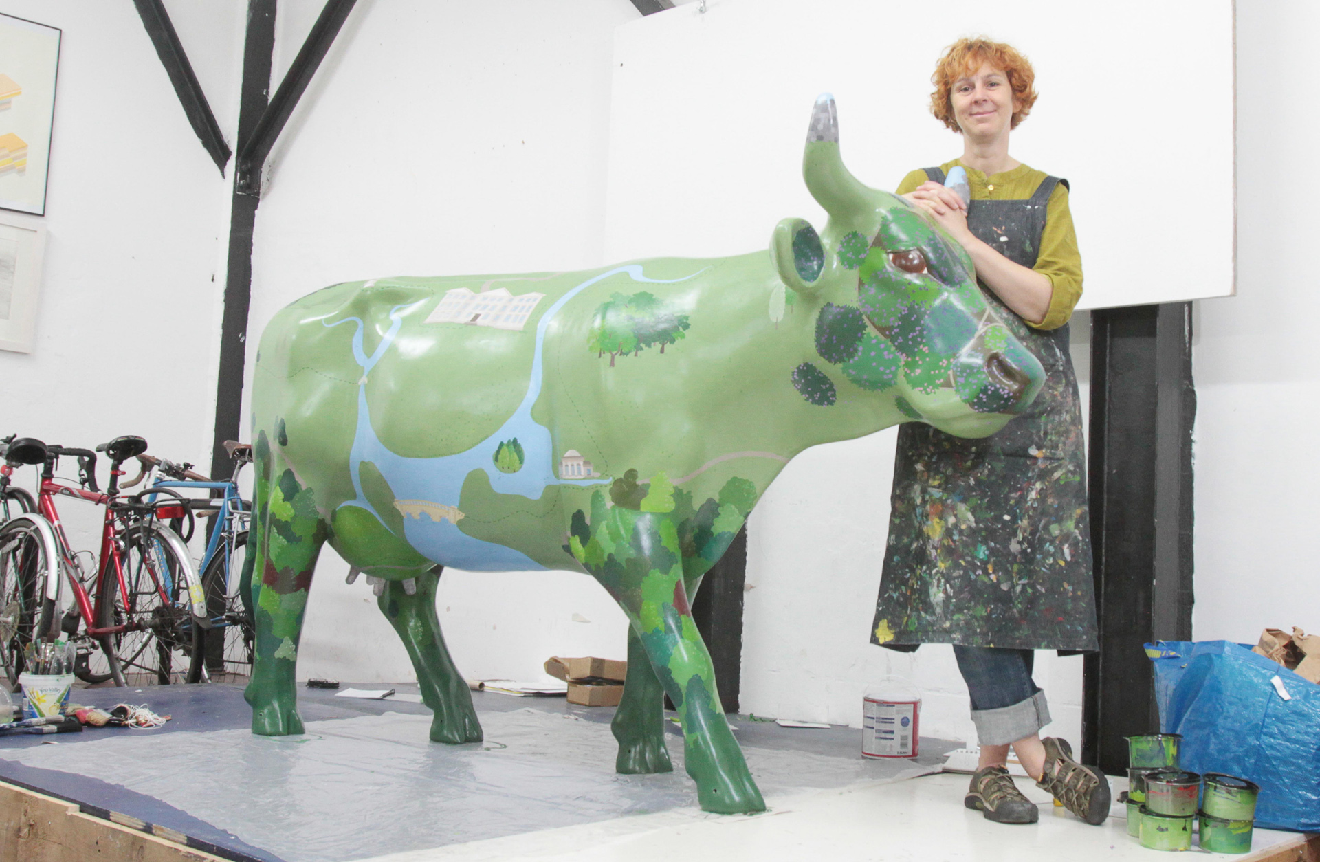 Artist Emily Ketteringham with her Ecclesiastical IG sponsored cow Ms Brown Picture by Antony Thompson - Thousand Word Media,